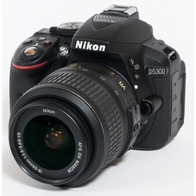 NIKON D5300 KIT 18-55 VRII  REFLEX 24.1..