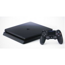 PLAYSTATION 4 SLIM 1TGB + 1 JOYSTICK ORIG + 3 JUEGOS FISICOS+ PSN PLUS 3 MESES (HITS BUNDLE 5)